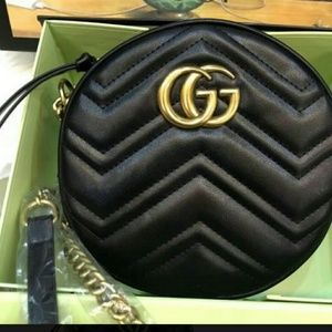 Gucci Marmont leather